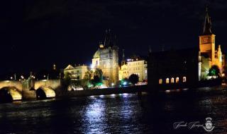 Ve chvílích volna účastníci mohli obdivovat krásy Prahy.