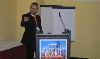Kamil Kačer přednášel na téma kontroly užívání alkoholu a návykových látek.